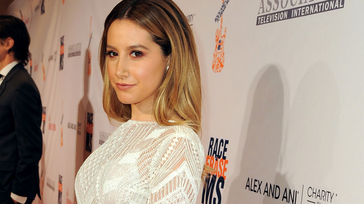 Carol's Second Act : Ashley Tisdale au casting.