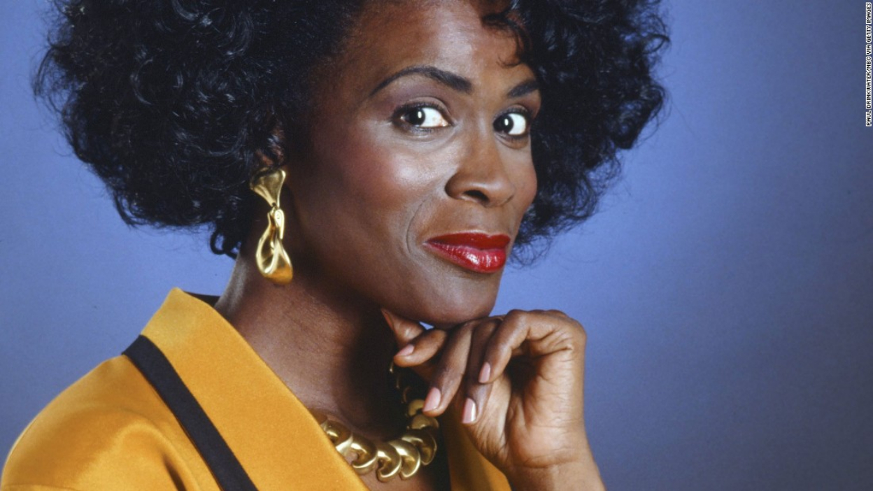 General Hospital : Janet Hubert rejoint la série.