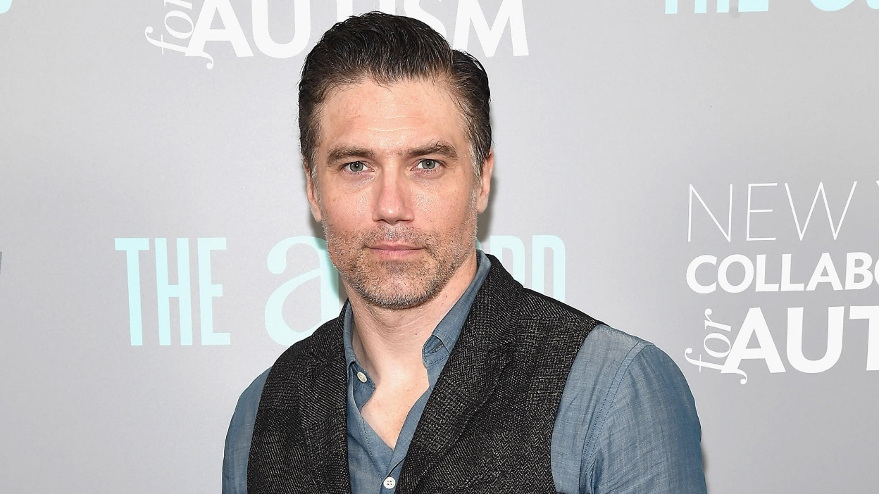 Star Trek Discovery : Anson Mount au casting !